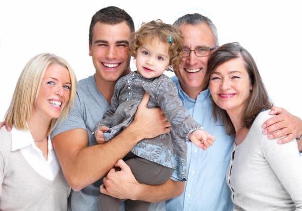 Майчинство – прехвърляне на бащата, бабата или дядото. Как и кога? Документи